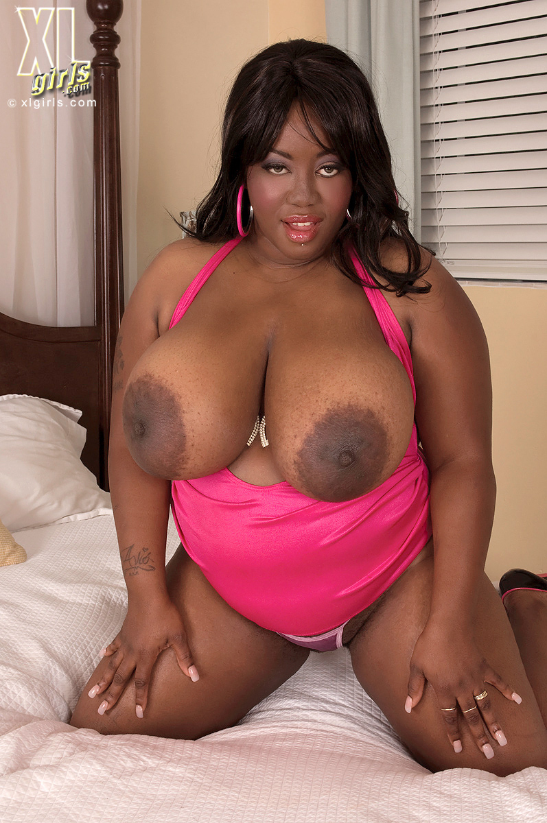 Big ebony boobs sex